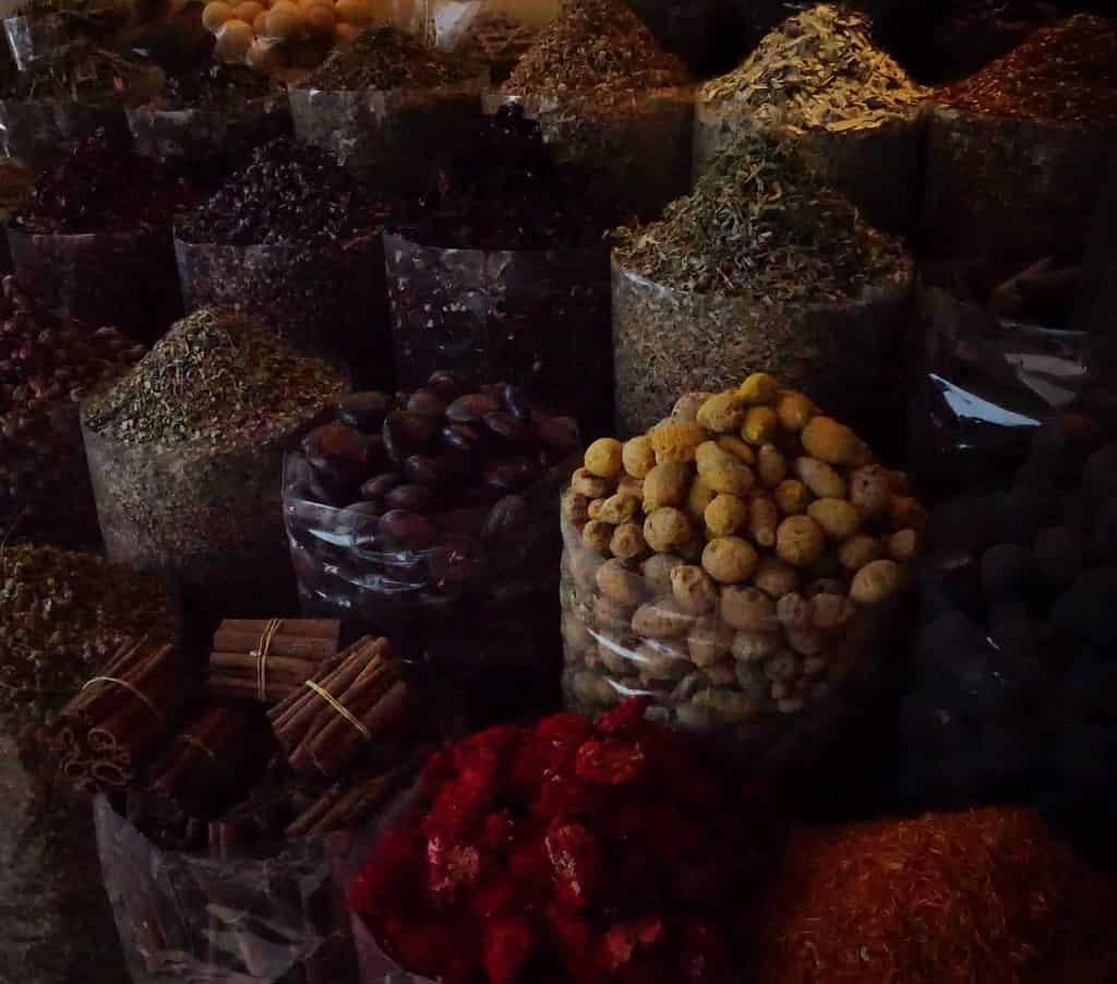 Épices et couleurs de Dubai